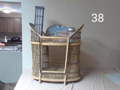 2 tier Wicker Stand, 2 Solar Lights, Fishing Plaque